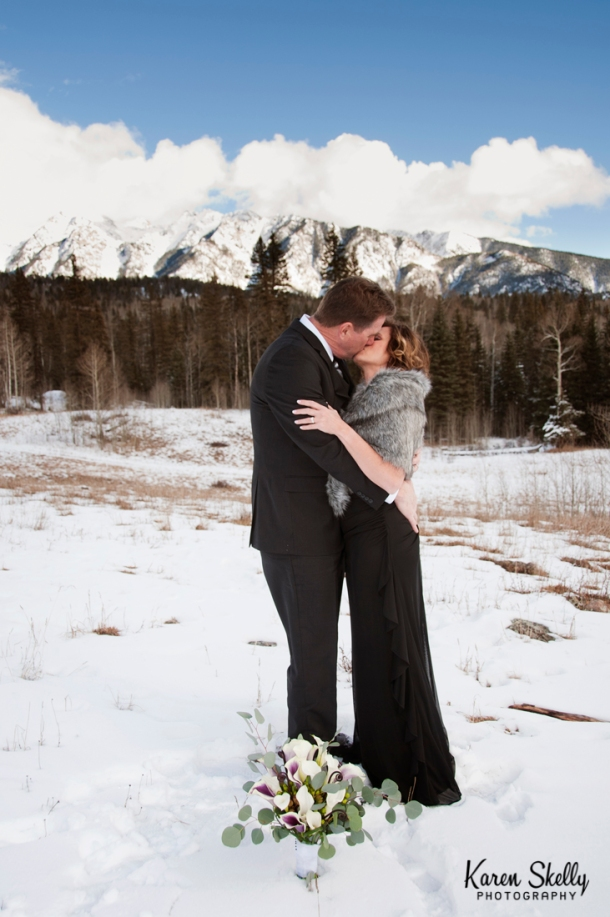 Bride and Groom's first kiss, photographers in durango co, durango co photographers, durango wedding photographers, durango photography, wedding photographers in durango co