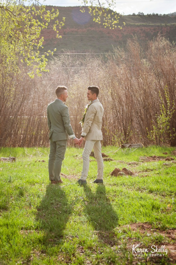 Groom and Groom holding hands, durango co photographers, durango photography, photographers in durango co